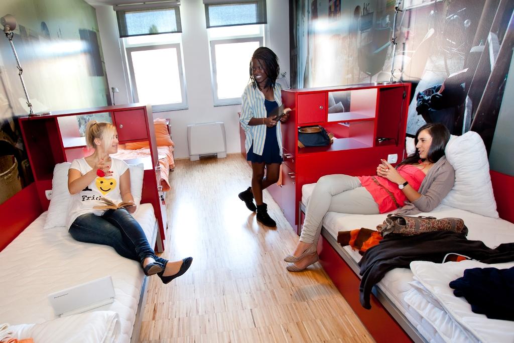 Hostel_Pekarna_www.youth-hostel.si_2.jpg