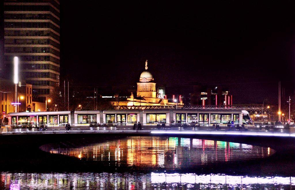 Potovanje_v_Dublin_-_Travel_to_Dublin_-_Photo_by_Caterina_Begliorgio_on_Unsplash.jpg