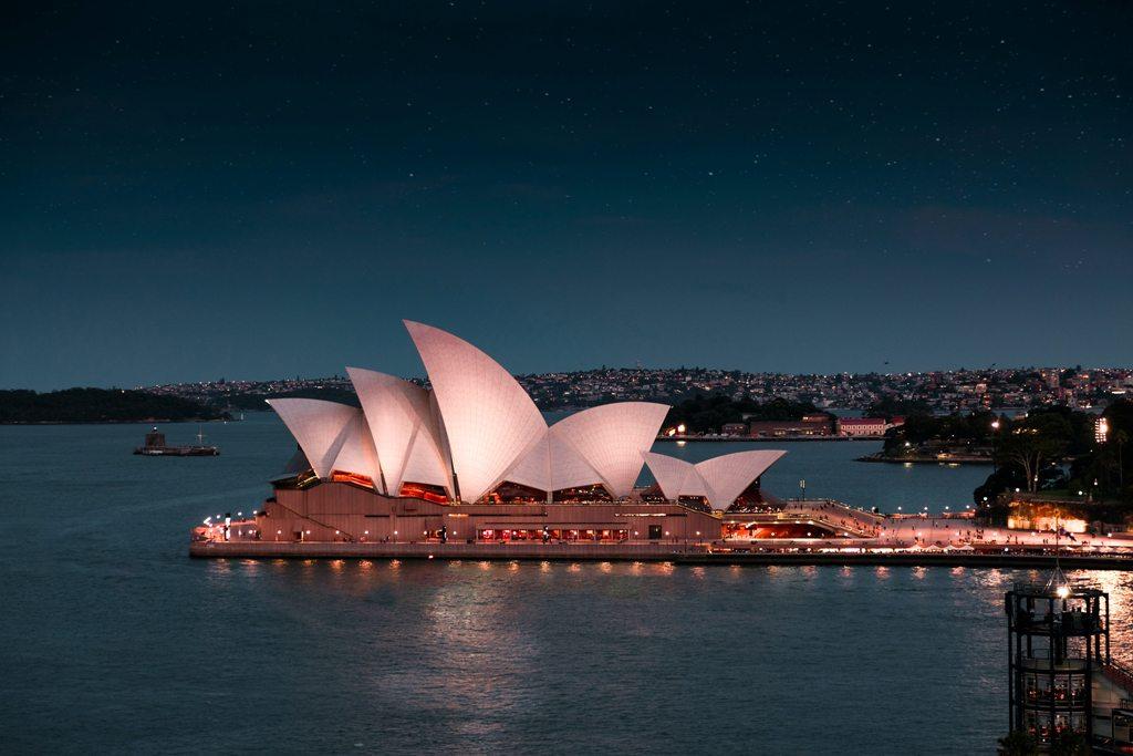 Potovanje_v_Sydney_-_Travel_to_Sydney_-_Photo_by_Arvin_Wiyono_on_Unsplash.jpg
